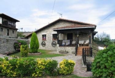 Las Hortensias 2 - Pendueles, Asturias