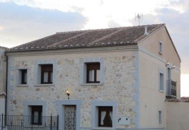 Casa rural Apol - Lastras Del Pozo, Segovia
