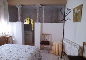 Dormitorio de la planta baja y aseo en suite