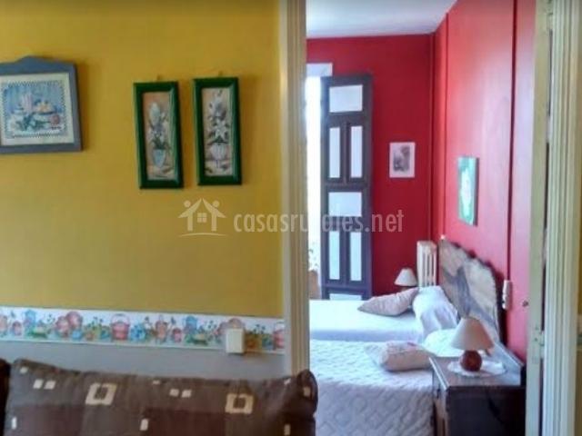 Sala de estar con vistas del dormitorio