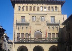 Olite y el ayuntamiento