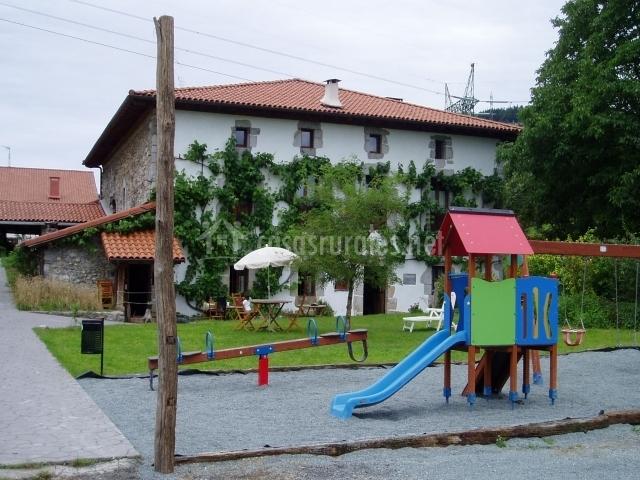 Aranburu en zestoa guip zcoa - La casa del parque ...
