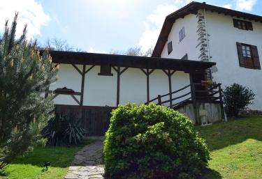 Alan-Zahar Apartamento - Lesaca/lesaka, Navarra