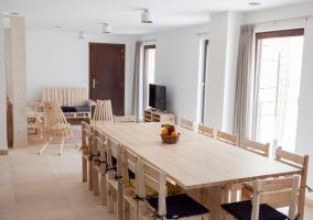 Comedor y sala de estar comunicadas