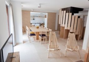 Comedor y sala de estar en el mismo espacio
