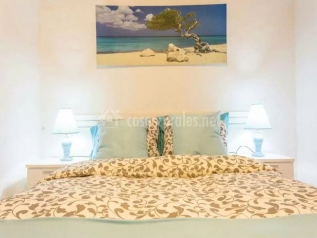 Dormitorio de matrimonio amplio y luminoso