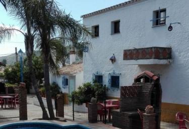 Las Tinajas Zalea- El Refugio - Pizarra, Málaga