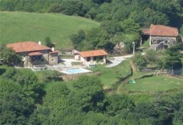 Albergue Rural Casón de Sangas - Sangas, Cantabria