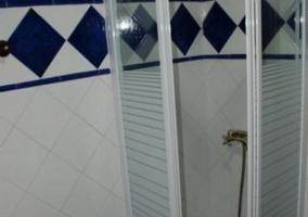 Aseo con ducha y mampara