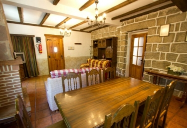 Hostal rural Maury - El Barraco, Ávila