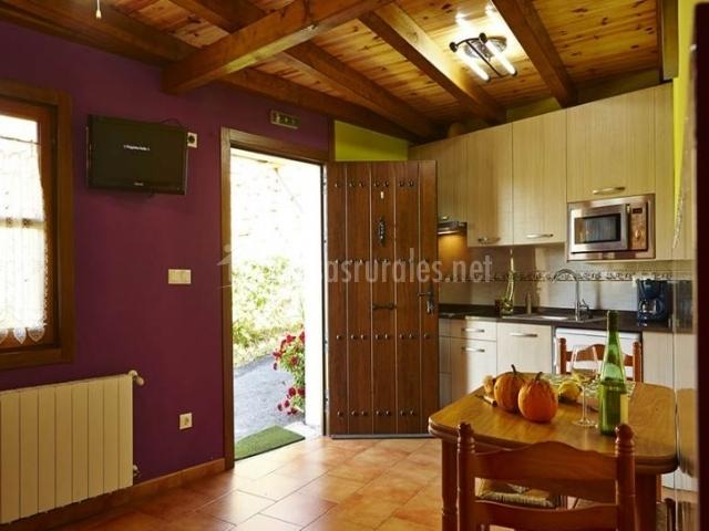 Apartamentos amplio con cocina
