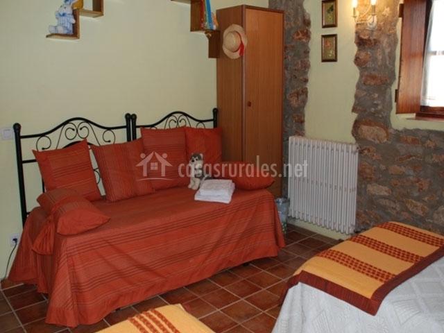 Casa cal roset en les useras useres castell n for Registro bienes muebles castellon
