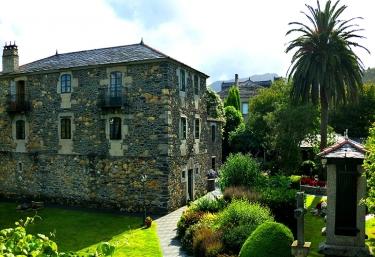 Pazo da trave - Viveiro (Casco Urbano), Lugo