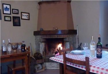 Casas rurales con chimenea en soto de agues for Casa rural con chimenea asturias