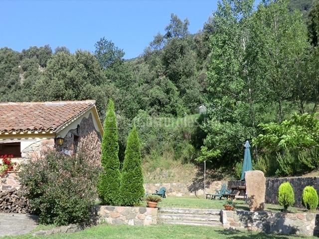 Casas rurales les iiles en montseny barcelona - Casas rurales bcn ...
