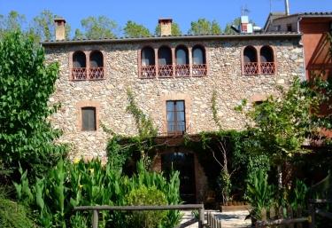 Can Jepet - La Cellera De Ter, Girona