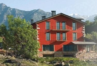 Hotel La Casa del Río - Villanova, Huesca