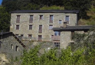 Cal Pastor- Cal Mestre - Toses, Girona