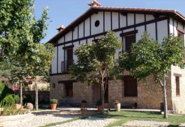 Caserío de los Diez Cerezos - Jarandilla, Cáceres