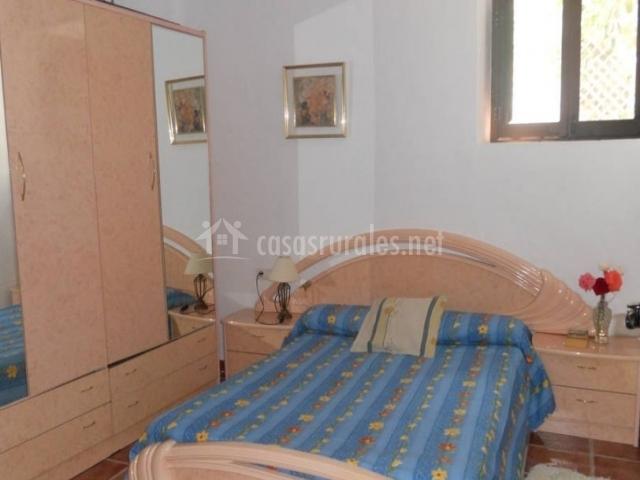 Casa amaro en los tablones granada - Colchas dormitorio matrimonio ...