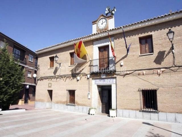 Cobisa y su ayuntamiento