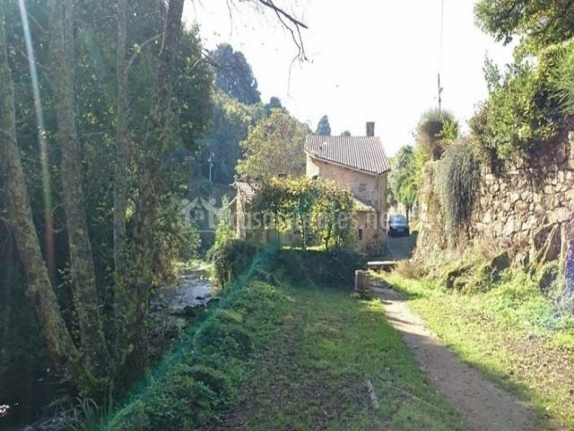 Casas pontesarela casas rurales en santiago de for Inmobiliarias coruna