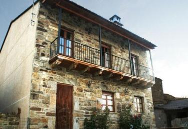 Villa Remedios - Villardeciervos, Zamora