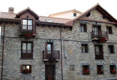 Casa Ferrera, Apartamentos - Yesero, Huesca