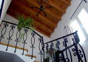 Sala de estar con decorados tradicionales