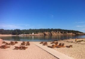 Zona de playas y hamacas