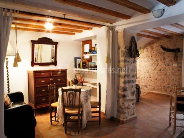 El castellot en vall de gallinera alicante - Muebles salita de estar ...