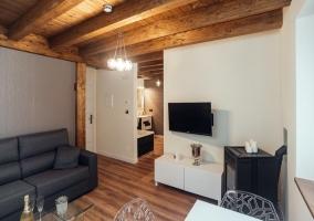 Apartamento con sala de estar