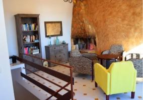 Sala de estar y comedor con mucha luminosidad