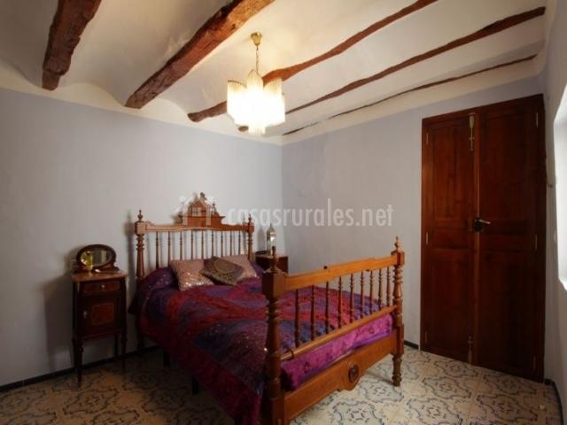 Casa taure en chelva valencia - Colchas dormitorio matrimonio ...
