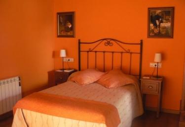 Villa Severina- Nogueira - Fonsagrada (Casco Urbano), Lugo
