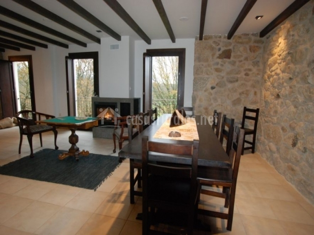A palleira do solveira en maceda orense for Sala de estar y comedor