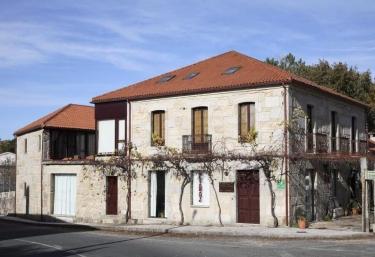 Casa da Feiravella - Entrimo (Capital), Orense