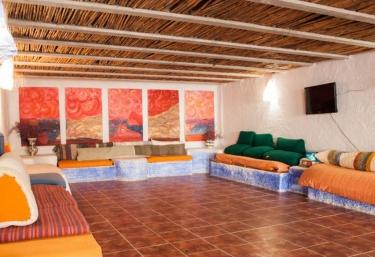 Sala de terapias con televisor