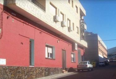 Hostal Restaurante Patio - Fuentes De Ebro, Zaragoza