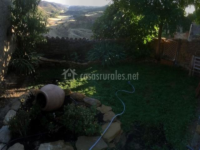 El jard n secreto en ores zaragoza for Cancion secretos en el jardin
