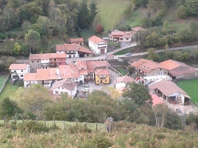 Casa sejos casas rurales en saja cantabria for Casas de pueblo en cantabria