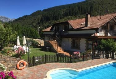 Viviendas Rurales Valverde - Potes, Cantabria
