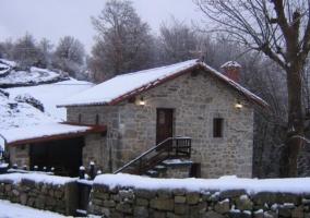 pueblo nevado en invierno
