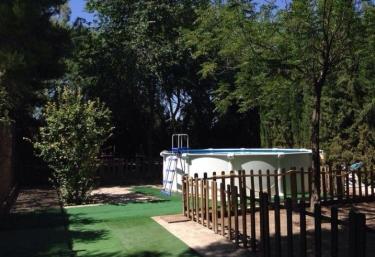 Casas rurales con piscina en alcazar de san juan for Piscina alcazar de san juan
