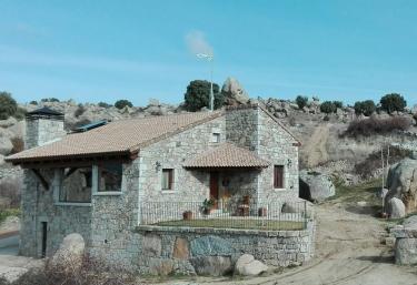 Entre Piedras - Muñopepe, Ávila