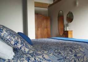 B Dormitorio de matrimonio en azul