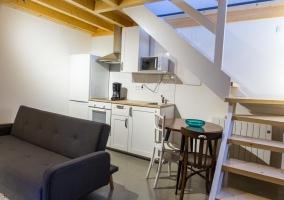 Apartamento con cocina