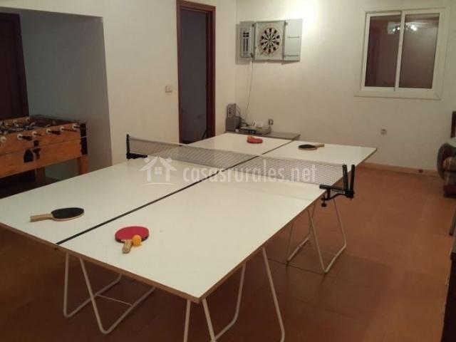 Sala de estar con pingpong