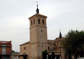 Zona de la iglesia de Villaluenga de la Sagra