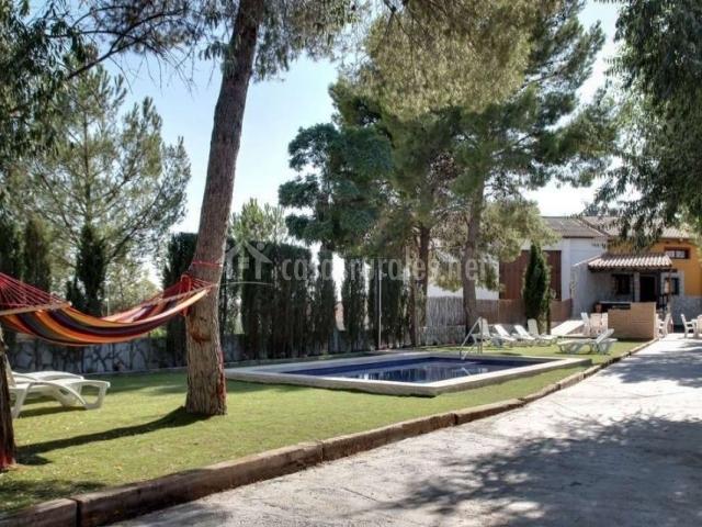 Casa rural valle del taju a en estremera madrid for Barbacoa y piscina madrid